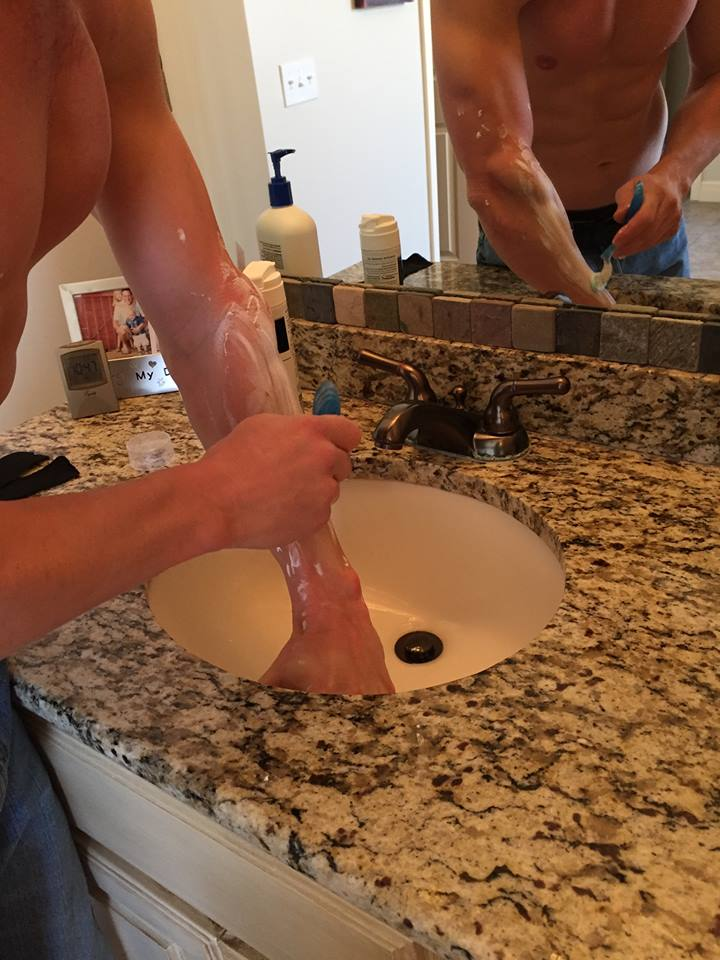 Lucas Pfannenstiel keeping his arms silky smooth for his next OCR.